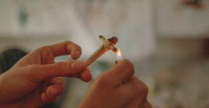 косяк, как сделать косяк, джоинт своими руками, косяк крестом, как крутить блант, что такое джоинт, как правильно закручивать косяк, виды косяков, weed, ganja, marijuana, cannabis, конопля, марихуана, каннабис, курение марихуаны,